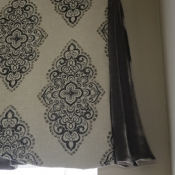 26-Valance with Velvet Pleats