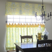 43-Green & Yellow Cafe Curtain & Valance