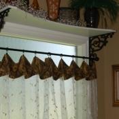 30-Shelf Bracket & Curtains