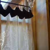 13-Laundry Room Cafe Curtains