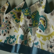 14-Easy Droop Valance with Accent Band