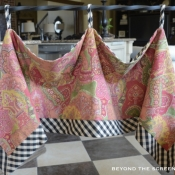 25-Raspberry & Black Check Hankerchief Valance 0