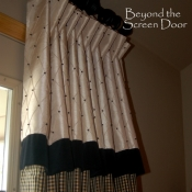 14-Black & Cream Attached Valance.