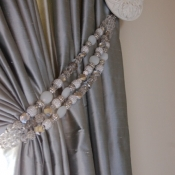 15-Beaded Curtain Tieback