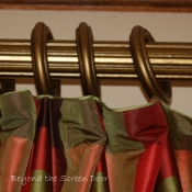 22-Tiny Piping Accent Trim