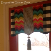 13-panama-wave-black-check-valance