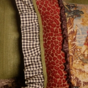 27B-multi-fabric-pillows-5