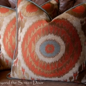 19C-beyond-the-screen-door-pillows-2