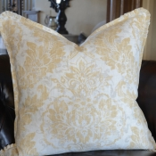 29D-Pillow with Pleated Corner Ruffles