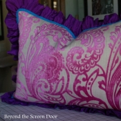 10E-Pink Paisley Pillow
