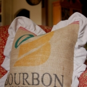 19A-coffee-sack-pillow