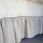 12B-How-to-Add-a-Ruffle-to-a-Ready-Made-Comforter-23