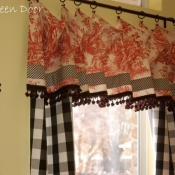 11-Red Toile Valance With Buffalo Check Panels
