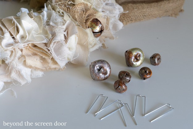 adding-jingle-bells-to-a-shaggy-fabric-wreath-1