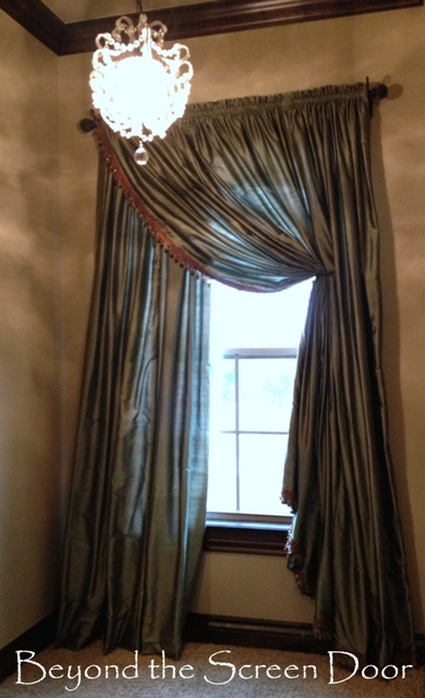 Window Treatments and Drama ~ A Great Combination