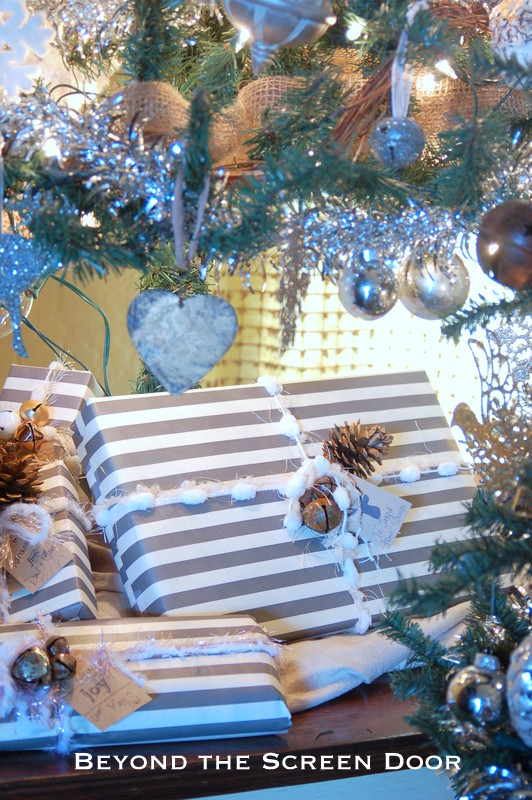 Christmas Wrapping in Gray & White