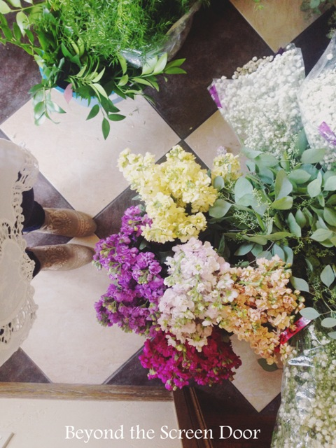 Creating Fresh Flower and Sola Flower Wedding Bouquets