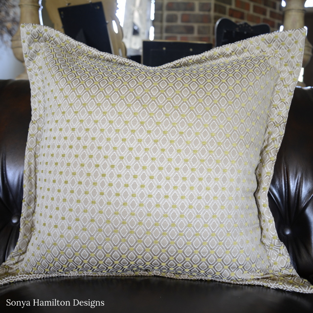 Easy Flange Pillow Tutorial For A New Pillow…NOW