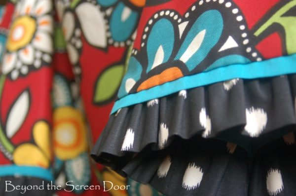 How to: Making a Ruffled Bell Valance