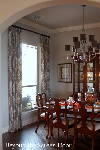 Gray & Ivory Damask Dining Room Window Treatments