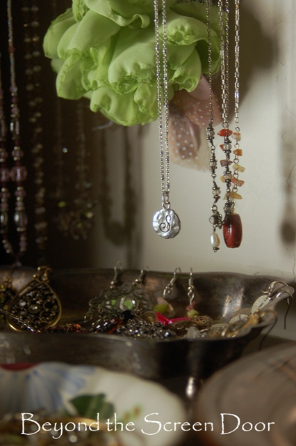Creating Vintage Jewelry Storage from Sentimental Treasures