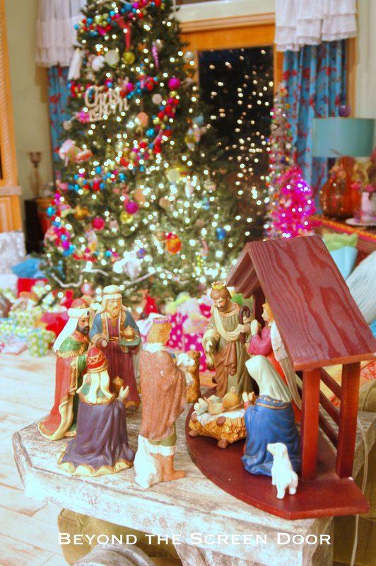 Merry & Bright Christmas Decor