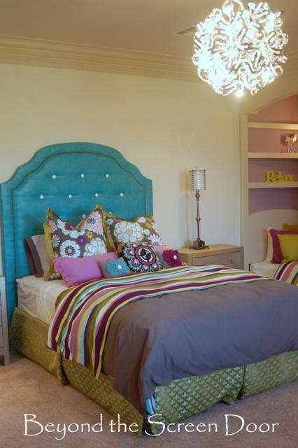 Upholstered Headborad Girls Bedroom