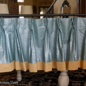 17-Pinch Pleat Valance