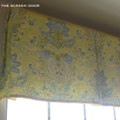 14-Green & Yellow Board Mounted Valance