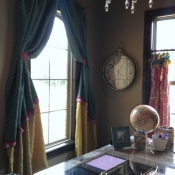 49-Creative and Feminine Office Curtains