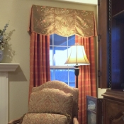 72-Scalloped Board Mounted Valance With Long Panels
