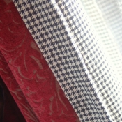 23-floor-length-curtains-with-houndstooth-lining