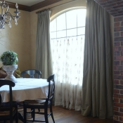 22-Dining-Room-Panels-and-Sheer-Cafe