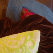 21B-ruffle-and-mitered-flange-on-pillows