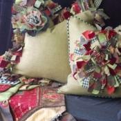17B-shaggy-ruffled-shaggy-flower-pillow