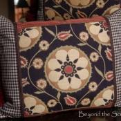 21B-lg-accent-pillow
