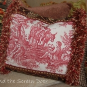 22B-multi-fabirc-accent-pillow