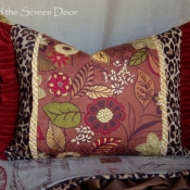 23D-multi-fabric-ruffled-pillow