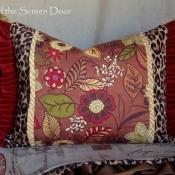 23D-multi-fabric-ruffled-pillow