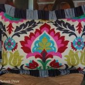 17E-Buffalo Check & Santa Maria Pillow