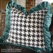13E-Black & White Houndstooth-Pillow