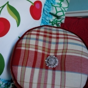 26E-Round Plaid Pillow with Broach.JPG