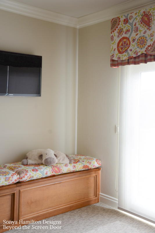 board-mounted-scalloped-valance-5