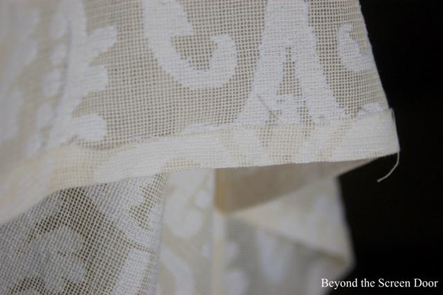 Cuffed Cafe Curtain Tutorial (13)