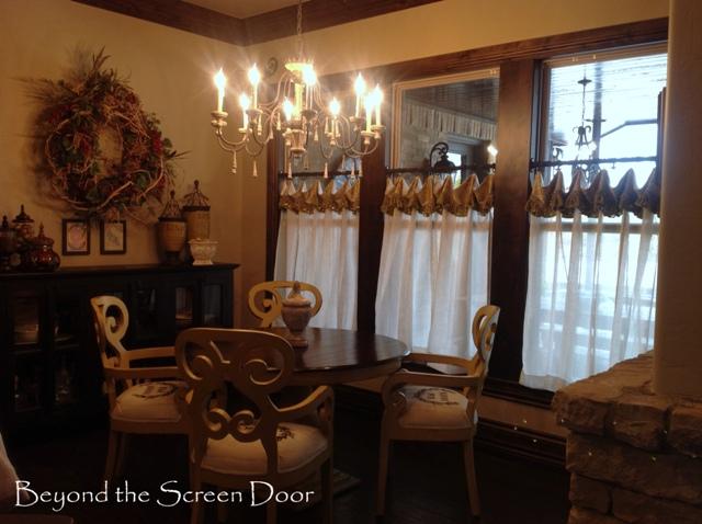 Tara's Kitchen Cafe Curtains