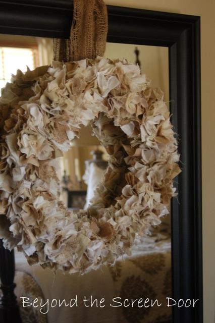 Shaggy-Wreath