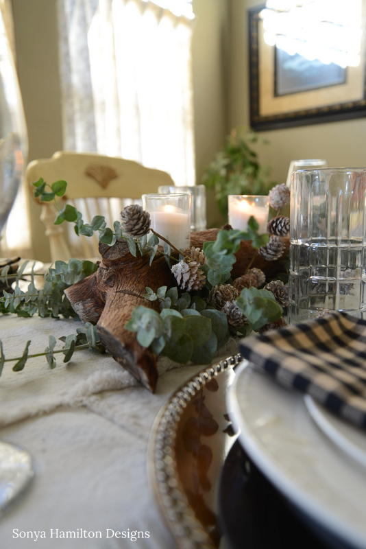 woodsy holiday tablescape