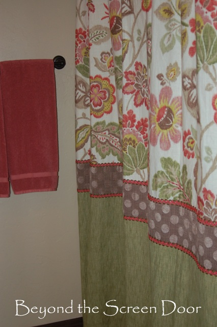 8 Reasons to Add a Horizontal Band of Accent Fabric