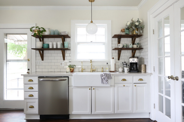 Vintage White Kitchen Aaron_Snow_Photography.AES_5949